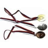 Medaila: zlato, striebro, bronz